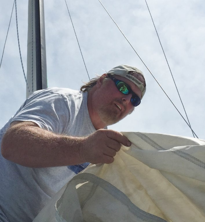 acht Delivery Captain James Lowe is an experienced sailor and has sailboat rigging experience.<br />
